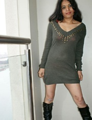Pic gal 022. Kavya in her flat balcony exposing herself off